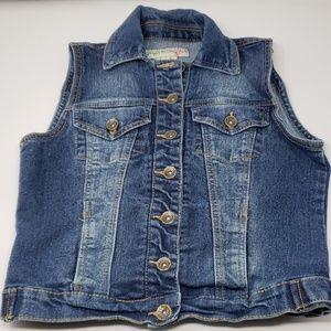 Sleeveless Jean vest